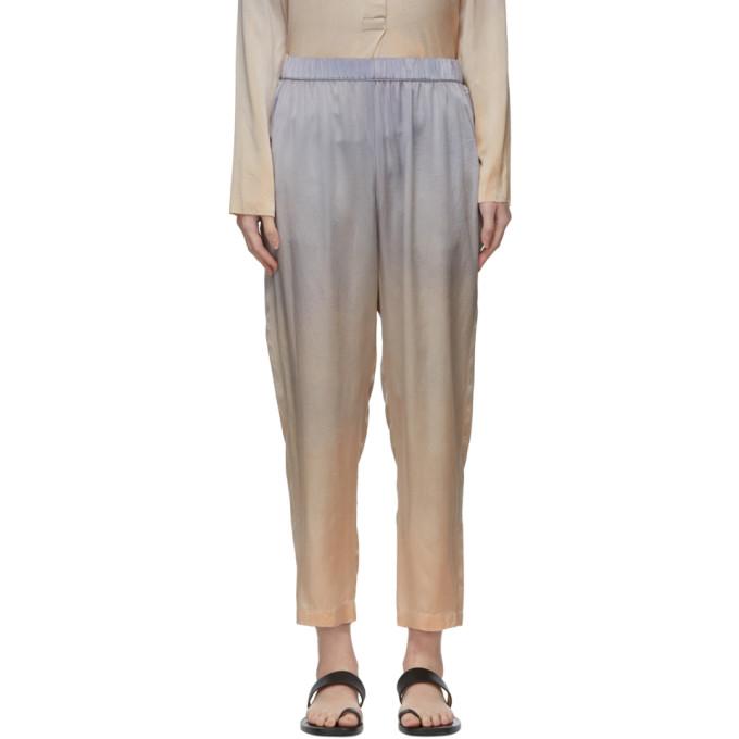 Raquel Allegra Pantalon de survetement en soie a motif tie-dye argente