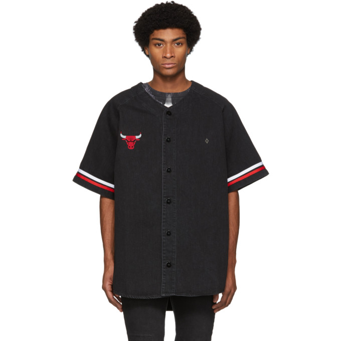 Marcelo Burlon County of Milan Chemise en denim noire Chicago Bulls edition NBA