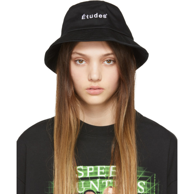 Etudes Studio Hats ETUDES BLACK TRAINING BUCKET HAT