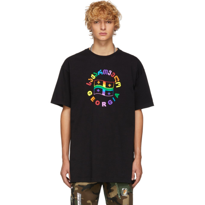 VETEMENTS Flag T-Shirt in Blkrainbow