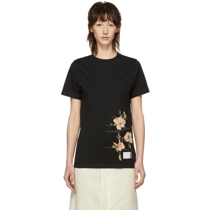 Black Botanical Tshirt in 1100 Black