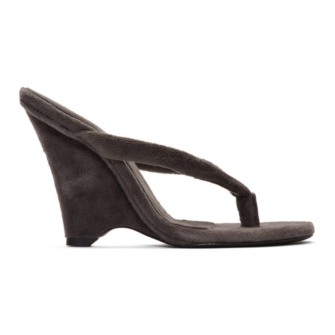 YEEZY | YEEZY Black Wedge Thong Sandals | Goxip