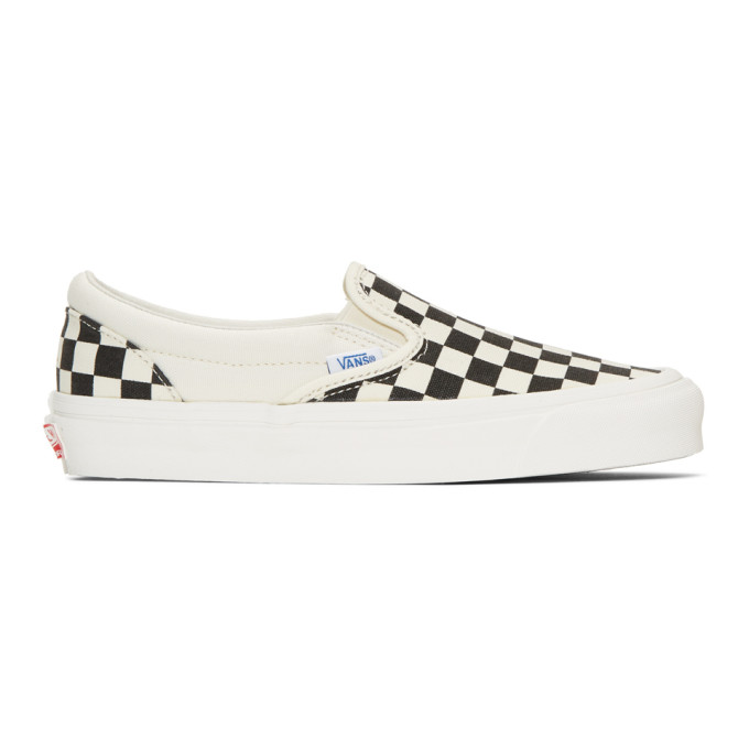 bd42fa5abfb4 Vans Black   Off-White Checkerboard Classic Platform Slip-On Sneakers