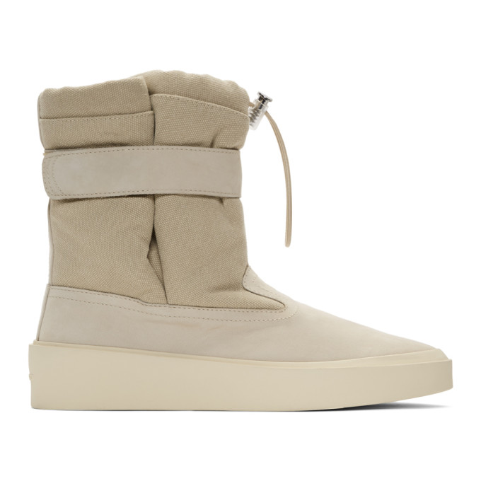 FEAR OF GOD | Fear Of God Beige Ski Lounge Boots | Goxip