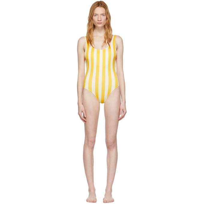 Solid and Striped Maillot de bain une piece jaune et blanc casse The Anne-Marie