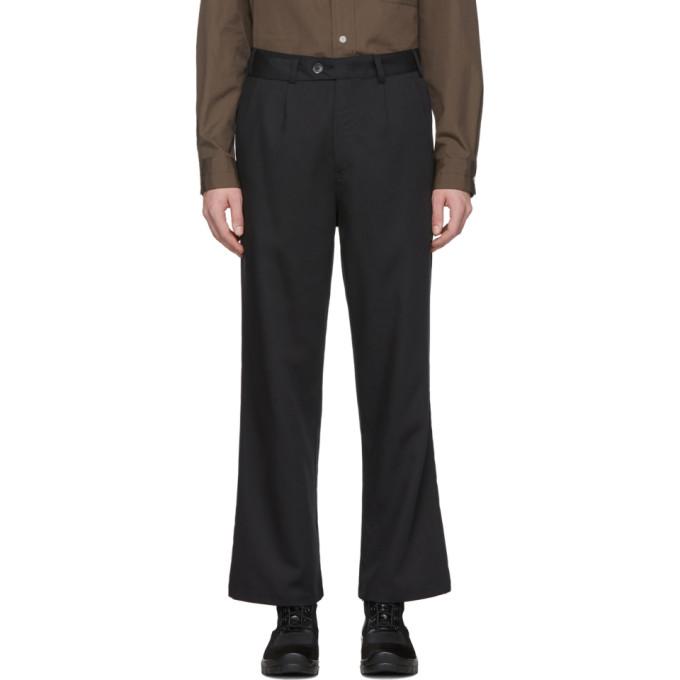 LHomme Rouge Pantalon noir Tactile C2C
