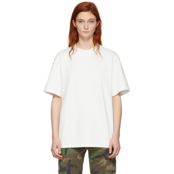 T BY ALEXANDER WANG | Alexanderwang.T Off-White Oversized Wash And Go Puff Logo T-Shirt | Goxip