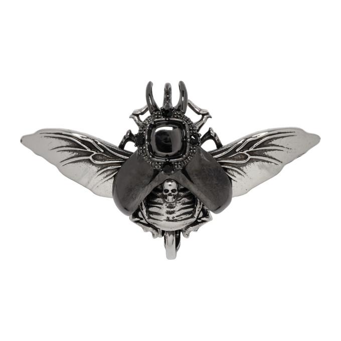 ALEXANDER MCQUEEN | Alexander McQueen Silver Flying Beetle Earring | Goxip