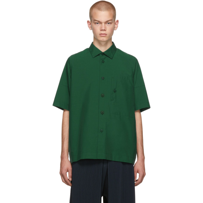 132 5 ISSEY MIYAKE Green Integrated Pocket Three Quarter Shirt