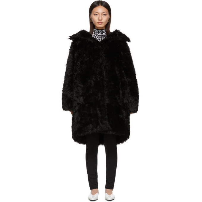 Balenciaga ブラック フェイクファー スウィング コート