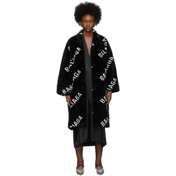 Balenciaga ブラック フェイクファー ロゴ オペラ コート