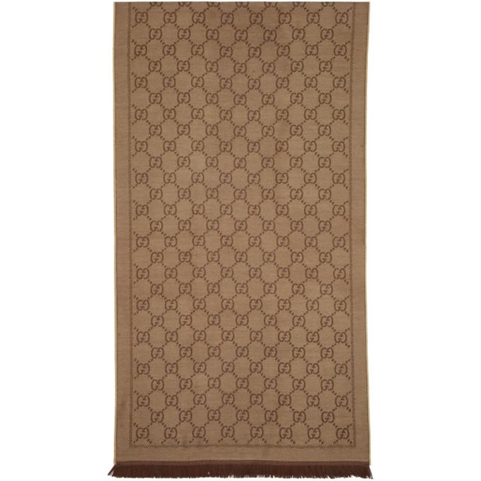 Gucci Foulard en maille jacquard de laine brun GG