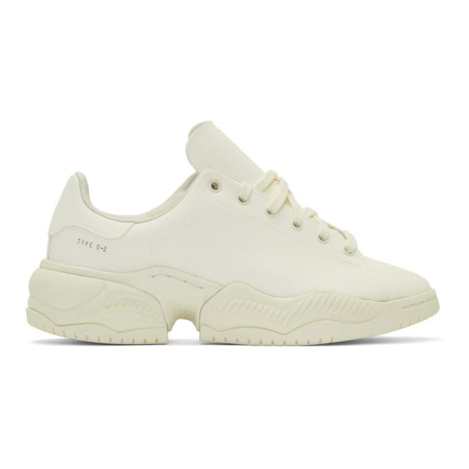 OAMC Baskets blanc casse Type O-2R edition adidas Originals