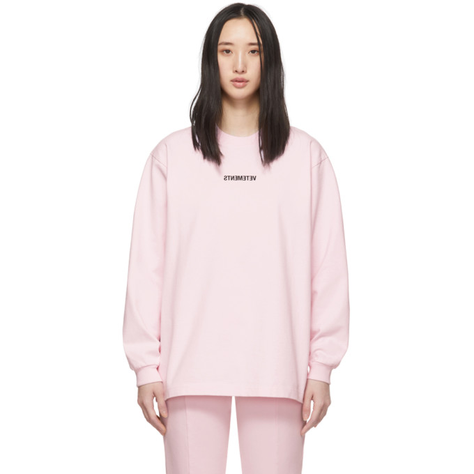 Vetements T-shirts VETEMENTS PINK INVERTED LOGO T-SHIRT