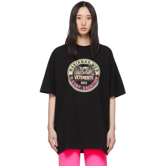 Vetements T-shirts VETEMENTS BLACK SURFER LOGO T-SHIRT
