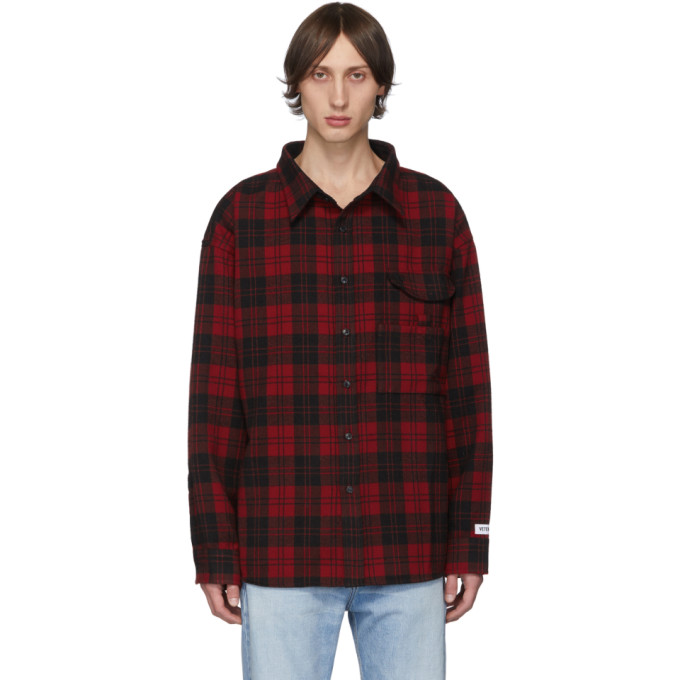 VETEMENTS Chemise rouge Over Your Hoodie