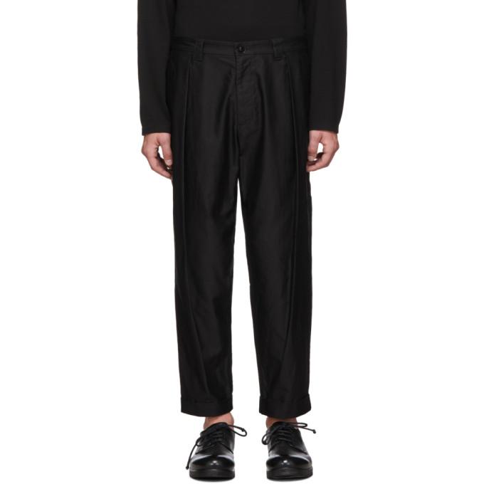 Blue Blue Japan Pantalon en satin noir High Density