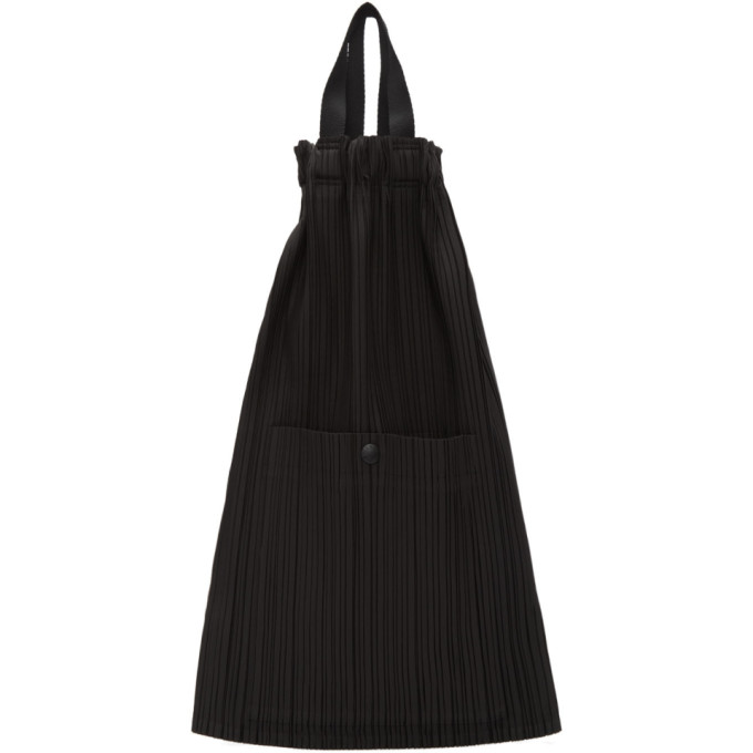 PLEATS PLEASE ISSEY MIYAKE | Pleats Please Issey Miyake Black Pleated Lightweight Backpack | Goxip