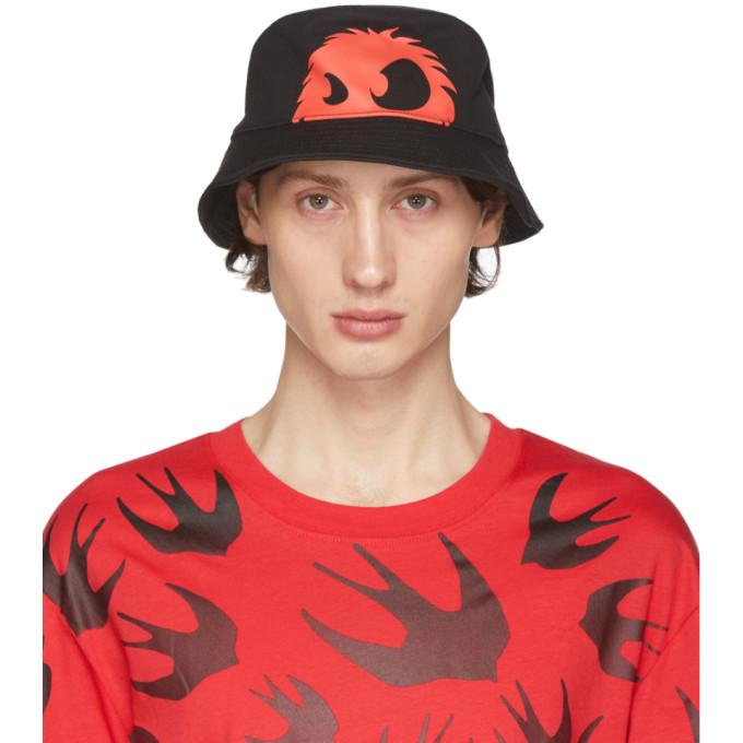 McQ Alexander McQueen Chapeau noir et rouge Chester