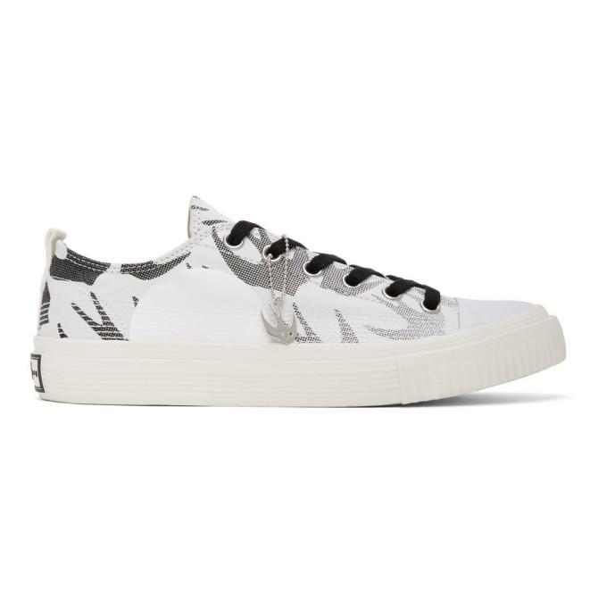 McQ Alexander McQueen Baskets blanches et noires Plimsoll Low