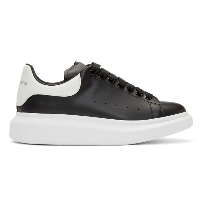 Alexander Mcqueen Mens Black And White Show Leather Platform Trainers In 1070 Blk/wt