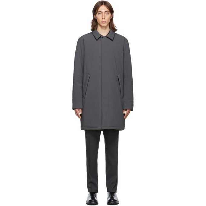 The Very Warm Manteau gris Shell Filled Mac exclusif a SSENSE