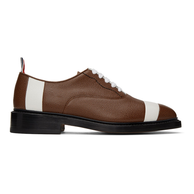 Thom Browne Chaussures oxford brunes Football