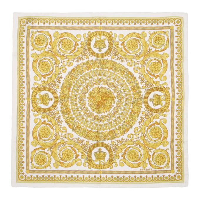 Versace Foulard en soie blanc Barocco