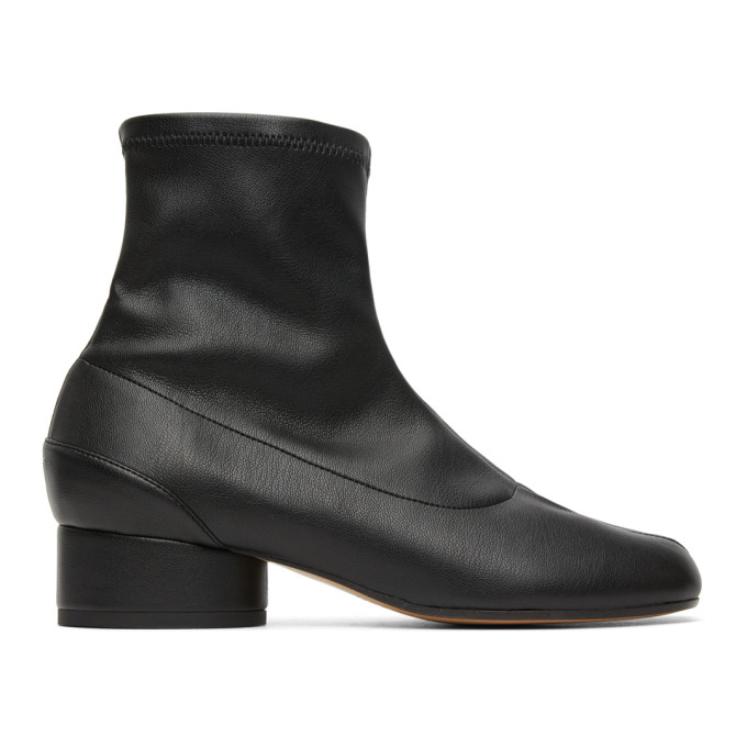 Maison Margiela Black Tabi 30 Leather Ankle Boots In T8013 Black