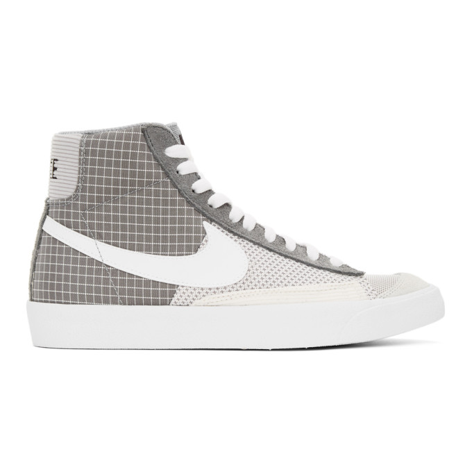 Nike NIKE GREY AND WHITE BLAZER MID 77 SNEAKERS