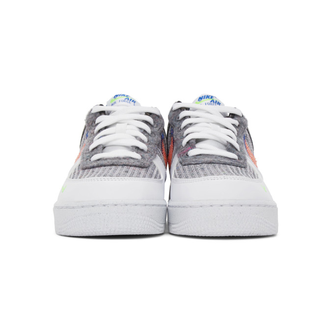 NIKE Sneakers NIKE GREY AND WHITE AIR FORCE 1 07 SNEAKERS