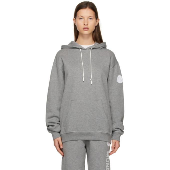 Moncler Logo Print Jersey Sweatshirt Hoodie In 987 Grey