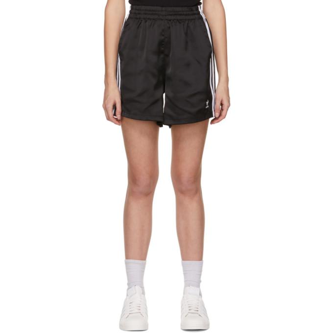Adidas Originals ADIDAS ORIGINALS BLACK ADICOLOR CLASSICS SHORTS