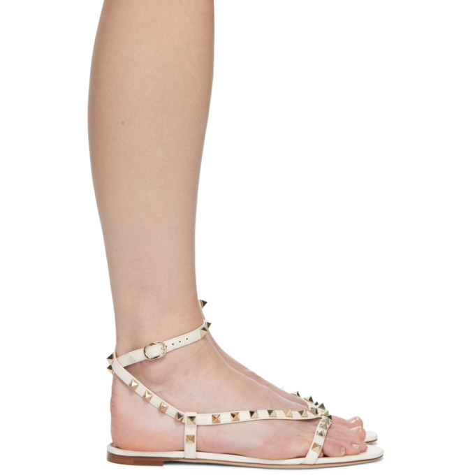 Valentino Garavani Off-white Rockstud Swirl Flat Sandals In I16 Ltivory