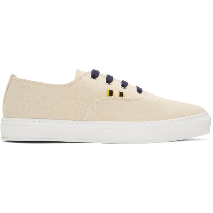 APRIX Aprix Off-White Apr-005 Sneakers in Off White