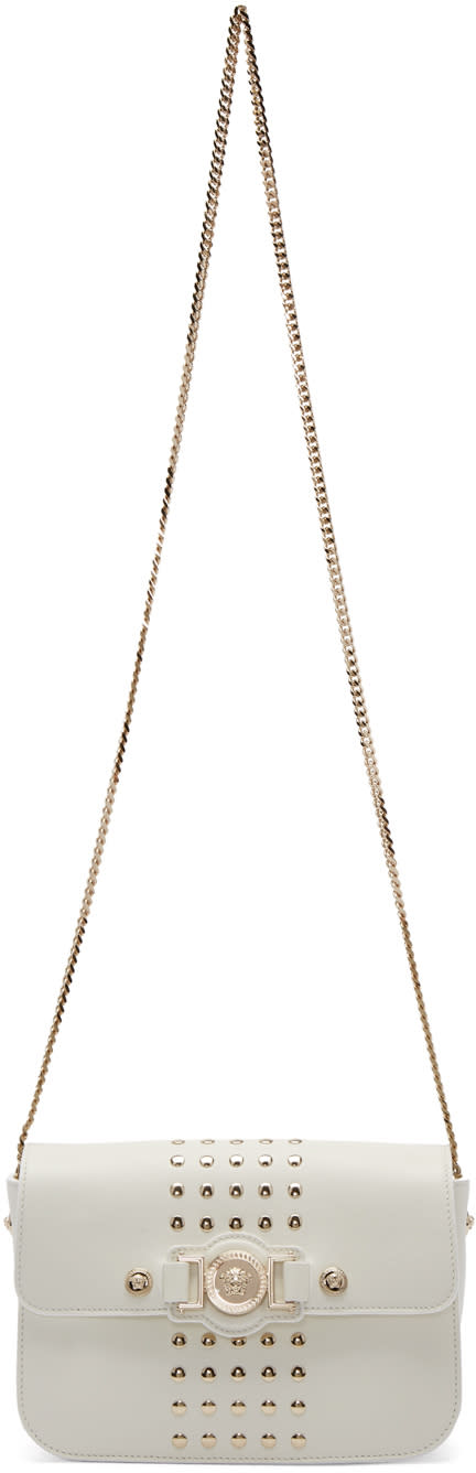 Versace ホワイト スタッド付きメドゥーサ メダリオン バッグ