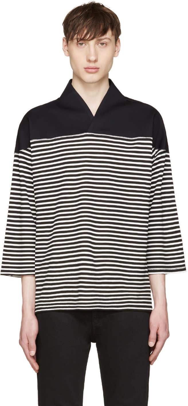 Sasquatchfabrix Black and White Wa-neck Football T-shirt