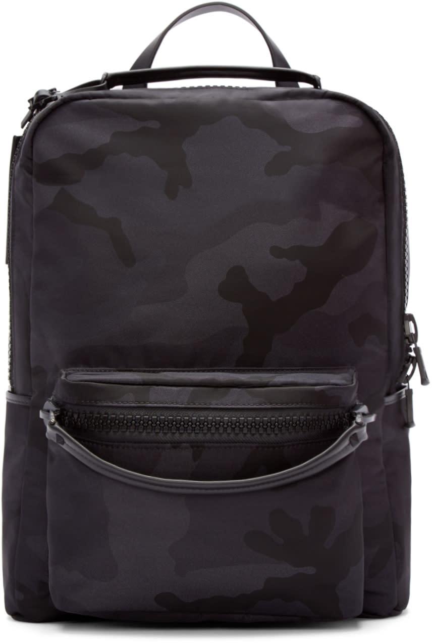 Valentino ブラック Camo バックパック