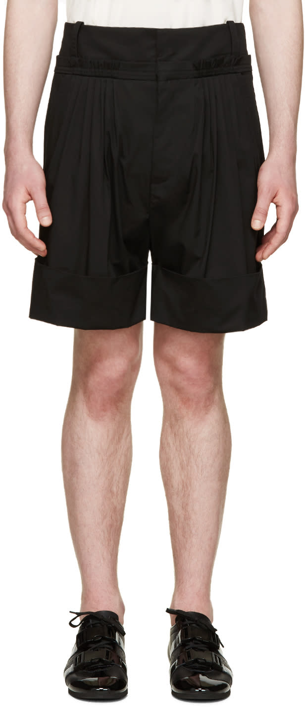 J.w. Anderson Black Pleated Wide-leg Shorts