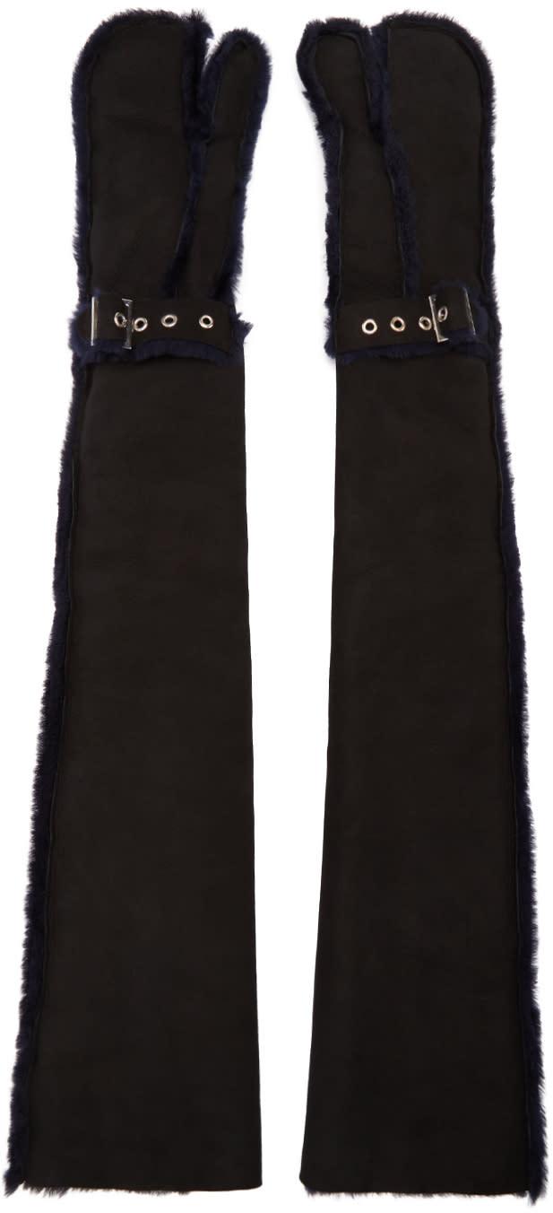 Sacai Black Long Lux Shearling Gloves
