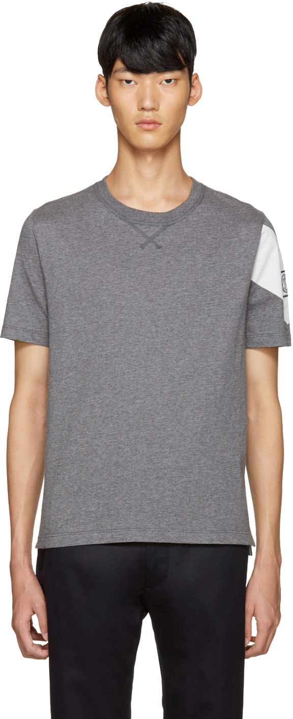 Moncler Gamme Bleu Grey Detailed Sleeve T-shirt