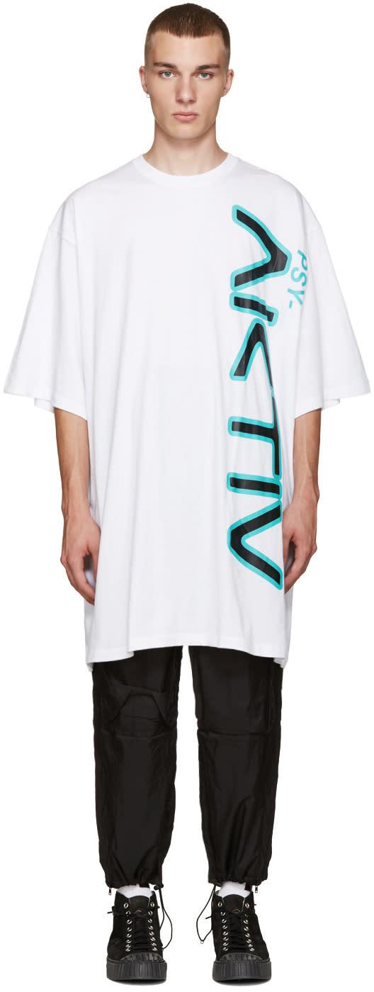 Perks And Mini White Oversized Aktiv T-shirt