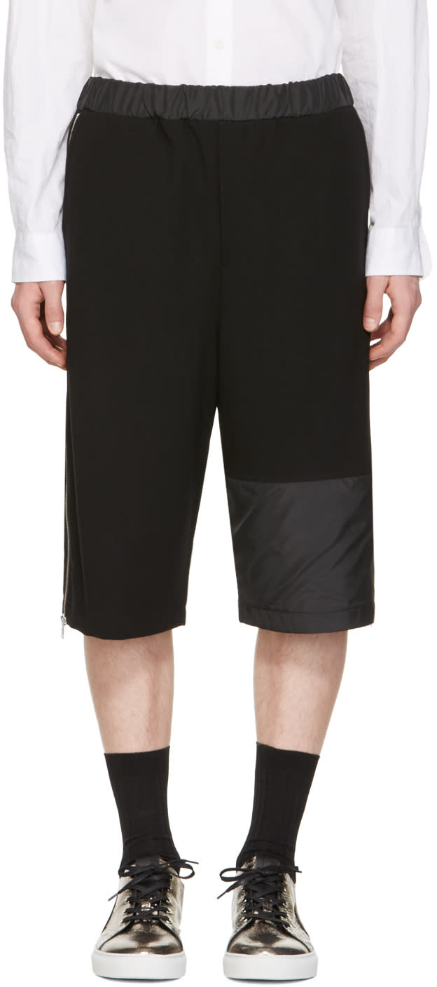 Mcq Alexander Mcqueen Black Panelled Zipper Shorts