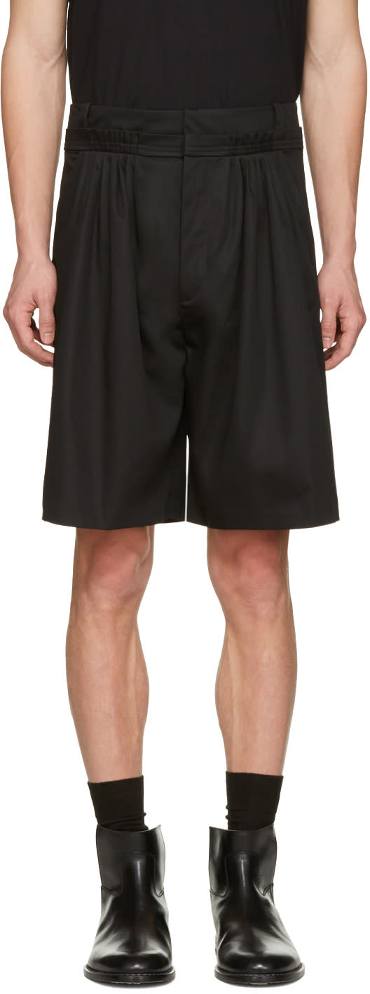 J.w. Anderson Black Pleat Front Baggy Shorts