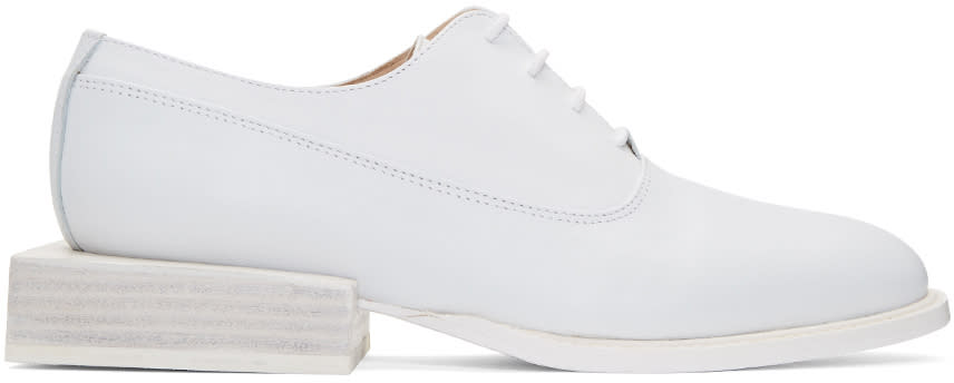 Jacquemus White les Chaussures Clown Oxfords