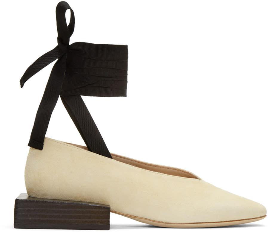 Jacquemus Beige les Chaussures Lac�es Loafers