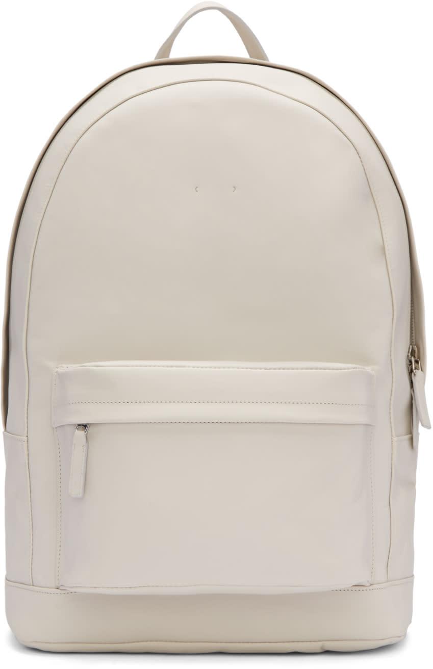 Pb 0110 Grey Ca 6 Backpack
