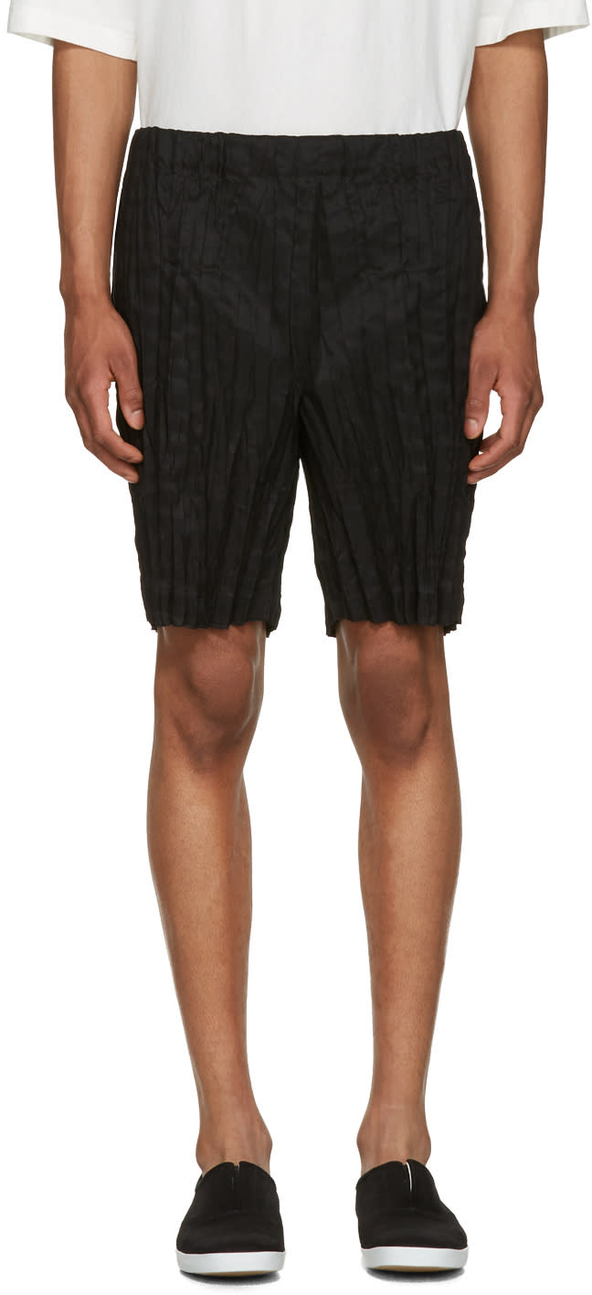 Issey Miyake Men Black Wrinkled Linen Shorts
