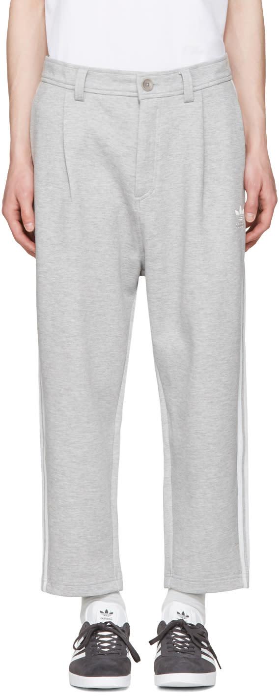 Adidas Originals グレー Nyc 7-8 ラウンジ パンツ