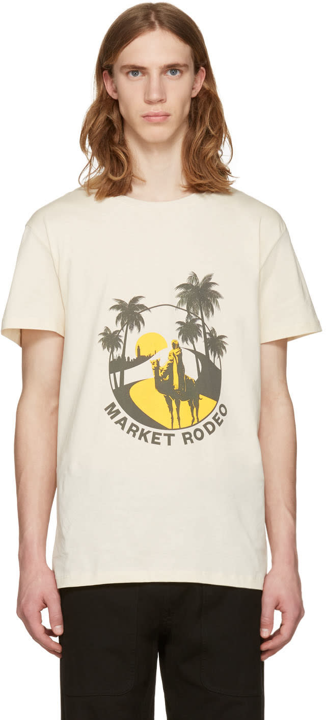 Image of Cmmn Swdn Beige Boyd Print T-shirt